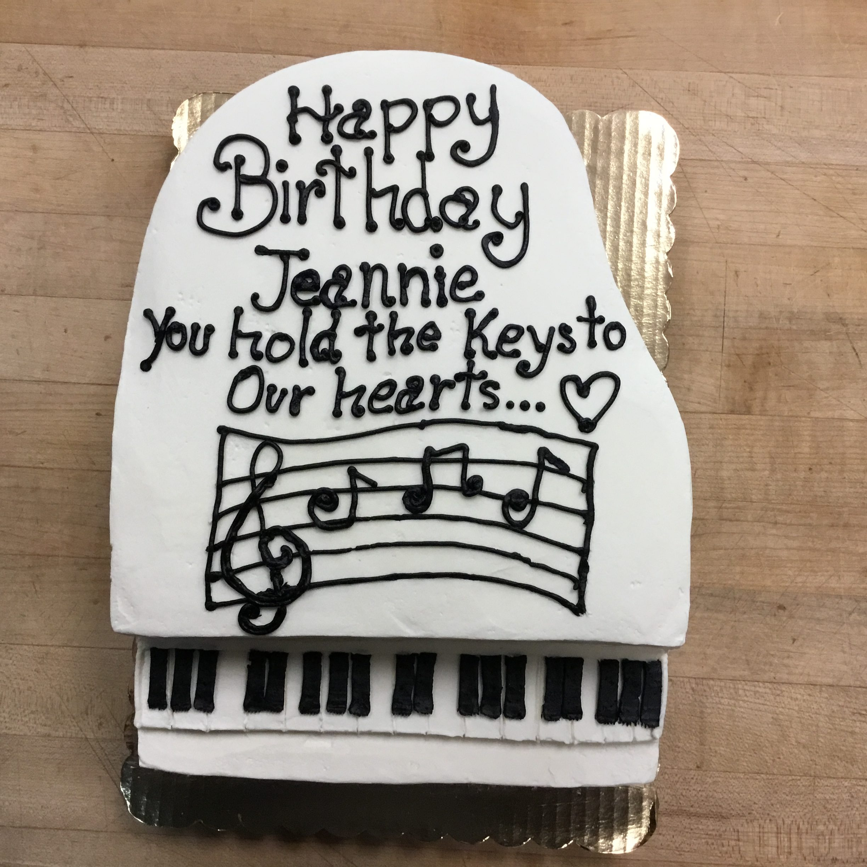 cake-piano-e1557763373534